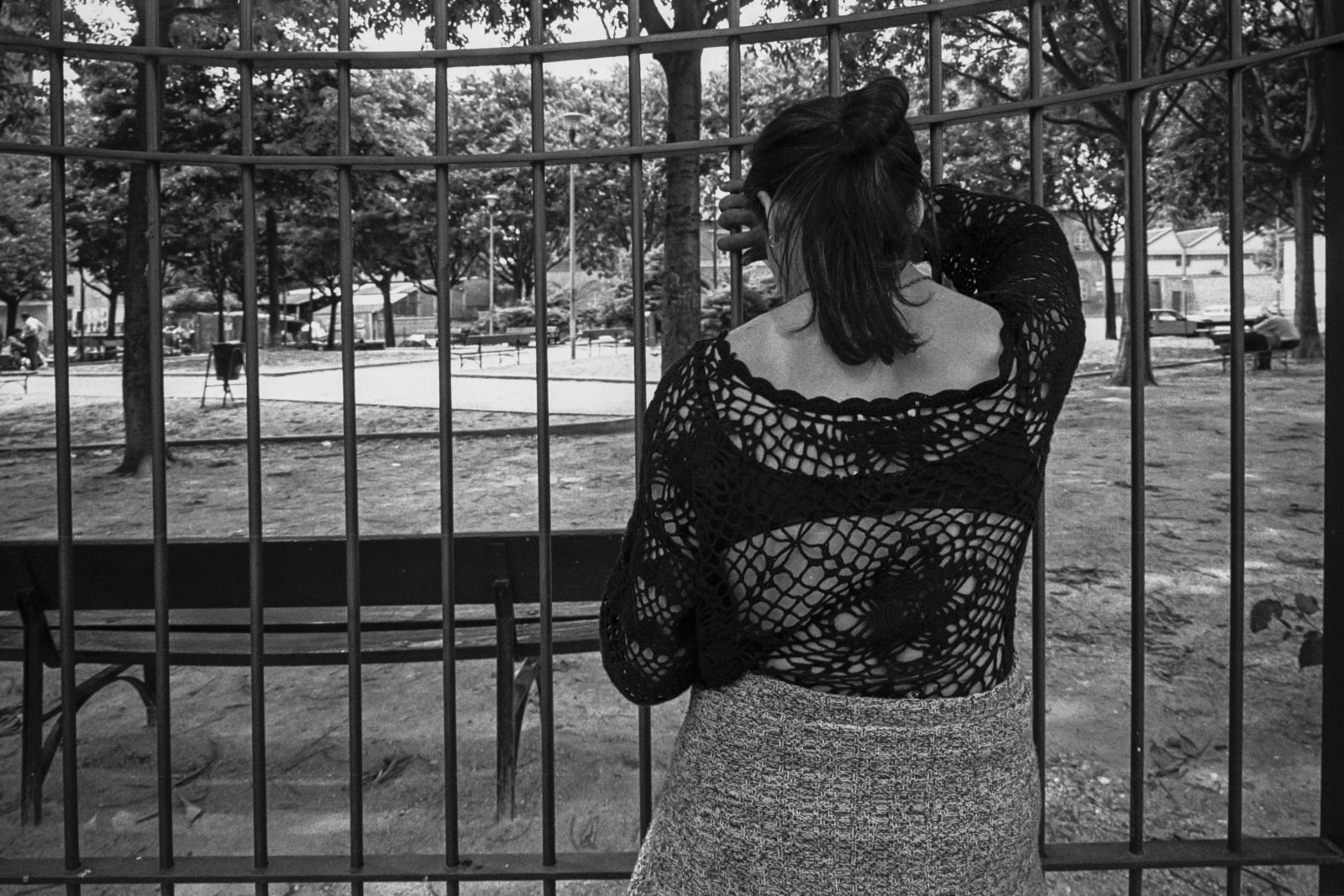 Marilena, 33 anni e da 15 anni fa uso di stupefacenti, eroina, cocaina, qualsiasi sostanza. E' stata in carcere per sei anni.