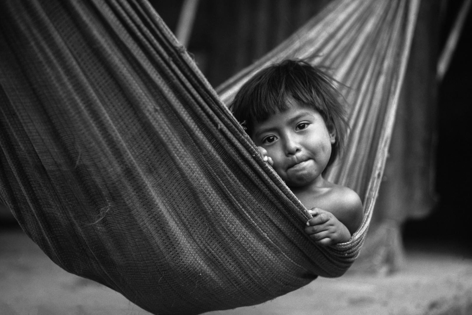 Nicaragua, bambini nel barrio a Managua