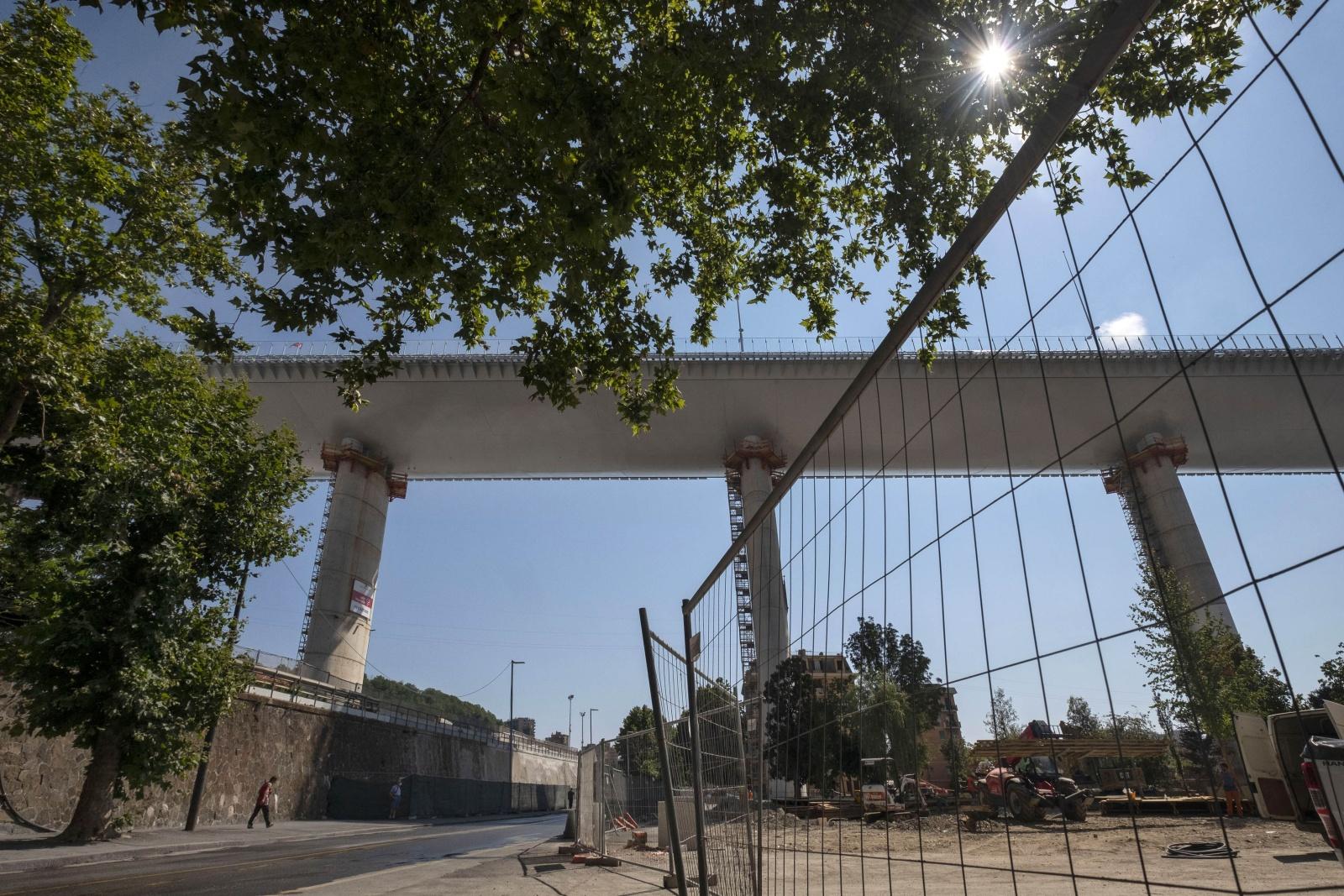 Genova, il nuovo ponte San Giorgio, progettato da Renzo Piano costruito dopo il crollo del Morandi il 14 agosto del 2018