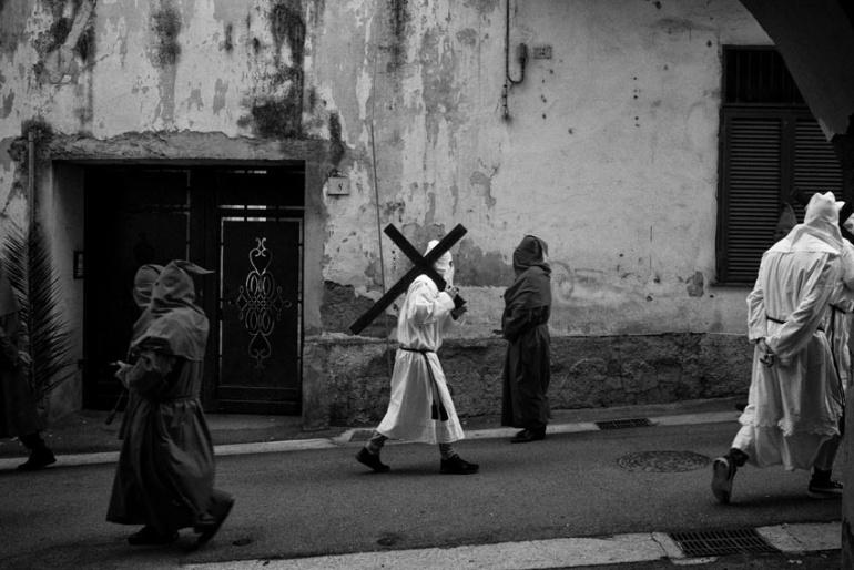 Sarno (SA) - Processione delle Croci e dei Paputi.